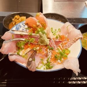 Read more about the article 川崎グルメ:武蔵小杉で手軽に海鮮ランチ『浜の玄太丸』