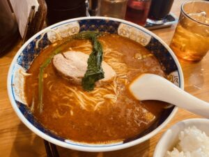 Read more about the article 金ログ番外編:総理官邸裏の担々麺『はしご』