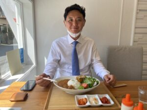Read more about the article 川崎名物のキムチ屋が食堂に?『ケイデリ 八マル八』